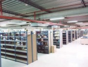 Rayonnage fixe papèterie à échelles - Rayonnage métallique Profilcase