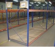 Rayonnage industriel occasion - 2 modèles - 2m de hauteur - 1m 20 de profondeur - capacité 400 kg/ niveau