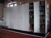 Rayonnage métallique Profiltol sur mobile mécanique musée - Rayonnage mobile musée