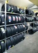 Rayonnage pneu double face - Hauteur : 2.00 m - Profondeur : 45 + 30 + 45 cm