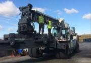 Reach Stacker - Manutention des conteneurs lourds