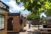 Remorque food truck de marché personnalisable - Food truck homologué avec vitrine et comptoir réfrigéré