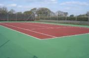 Rénovation sol tennis en béton - Béton poreux
