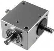 Renvoi d'angle industriel - Couple : 2,5 Nm max
