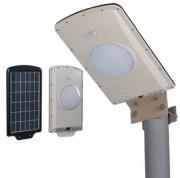 Réverbère solaire LED avec contrôle de lumière - Flux lumineux : 540/650 lumens, étanchéité à l'eau