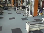 Revêtement sol PVC salle musculation - Revêtement PVC sol sportif musculation
