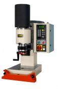 Riveteuse radiale - Capacité de rivetage : de 4 à 30 mm