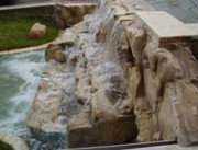Rochers artificiels - Décoration de piscines et aires d'eau