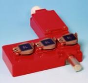 Serrure à pêne à 3 entrées de clé diamètre 10 ou 15 - Verrouillage de circuits X100P