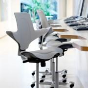 Siège ergonomique dynamique - Réglable avec 4 coloris au choix