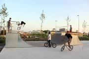Skateparks en acier galvanisé et HPL - Différents modèles pour enfants, adolescents et adultes
