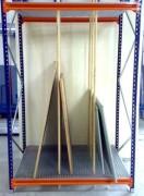 Stockage vertical au sol - Hauteur : jusqu'à 700 mm
