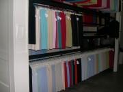 Stockeur rotatif vertical pour vêtements - Tout type de vêtements sur cintres