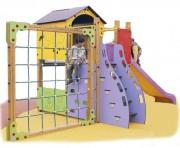 Structure de jeux avec mur d'escalade - Dimensions (L x l x H) mm : 6000 x 3000 x 2600