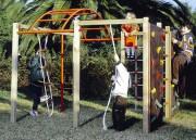 Structure multi jeux bois pour enfants