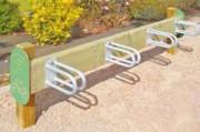 Support cycles bois et acier - Longueur : 2 m - Hauteur : 0.60 m