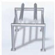Support de soutirage à cornière pour 1 fût - Dimensions (a x b x c) : 585 x 592 x 480 mm