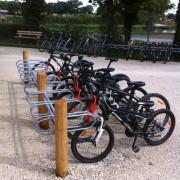 Support vélo à sceller - Hauteur hors sol : 600 mm