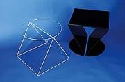 Table appoint plexiglas - Dimensions : 40 x 40 cm - 2 coloris disponibles