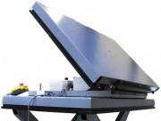 Table basculante pour caisses grillagées