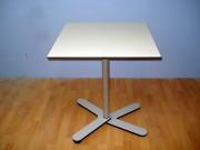 Table bistrot pliante - Dimensions (L x l x H) cm : 64 x 64 x 75 ou Diamètre : 64 cm