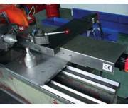 Table croisée à CNC - Avances travail : 0 - 5000 mm/min