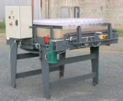 Table de distribution de bidons 5 litres - Dimensions (mm) : 2000 x 1000 ou 3000 x 1500