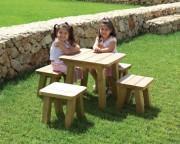 Table de jardin en bois pour enfants - Dimensions (L x l x H) cm : 60 x 60 x 57
