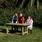 Table de jardin pour enfants en bois de pin nordique