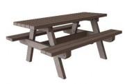 Table de pique nique - Dimensions (cm) : 180 x 136