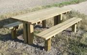 Table de pique nique en bois à sceller - Longueur 2000 mm -  Adaptable aux PMR
