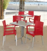 Table de restaurant en métal