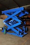 Table élévatrice à double ciseaux verticaux - Usage : monte-charge