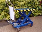 Table élévatrice mobile à pompe hydraulique - Capacités : 150 - 250 - 300 - 500 - 750 - 850 Kg