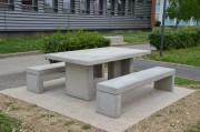 Table pique nique béton gris sablé - Entièrement en béton gris - Dimension du plateau : 1.10m x 2m