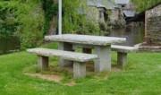 Table pique nique granit et bancs