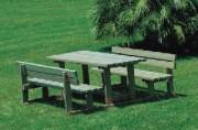 Table pique-nique pin - Dimensions (L x P x H) cm : 190 x 231x 80