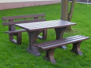 Table pique nique plastique recyclé 1m50 - L x l x H : 150 x 65 x 75 cm - 5 lames