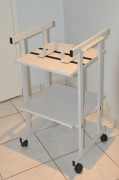 Table support pour rétroprojecteur - Dimensions (L x P x H) cm : 50 x 50 x 80