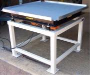 Table vibrante sur mesure - Table vibrante industrielle pour tassage, ébullage matières