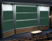 Tableau amphithéatre - La surface d'écriture est une tôle d'acier émaillé garantie 25 ans.