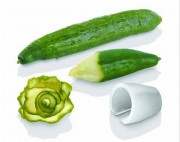 Taille crayon à légumes - Diamètre introduction : 5.5 cm - Lame : 7 cm