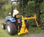 Taille haie sur tracteur - Portée maxi (m) : 3.5