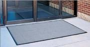 Tapis d'entrée extérieur bouclé polyester - Dimensions (cm) : de 60x91 à 122x244 - Epaisseur (mm) : 9