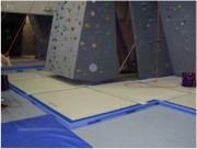 Tapis d'escalade - Dimensions : 2 m 00 x 2 m 50 - Epaisseur : 5 cm