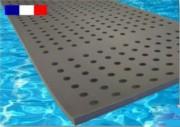 Tapis flottant à trous pour piscine