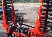 Tasse avant agricole - Rouleau simple spire - 6 largeurs de travail : de 2 à 4.50 m