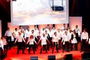 Teambuilding en chanson pour entreprises - Cours de chant - Coaching vocal / danse - Mise en scène