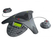 Terminal d'audioconférence avec micros