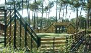 Terrain multisport en bois - Structure en acier galvanisé